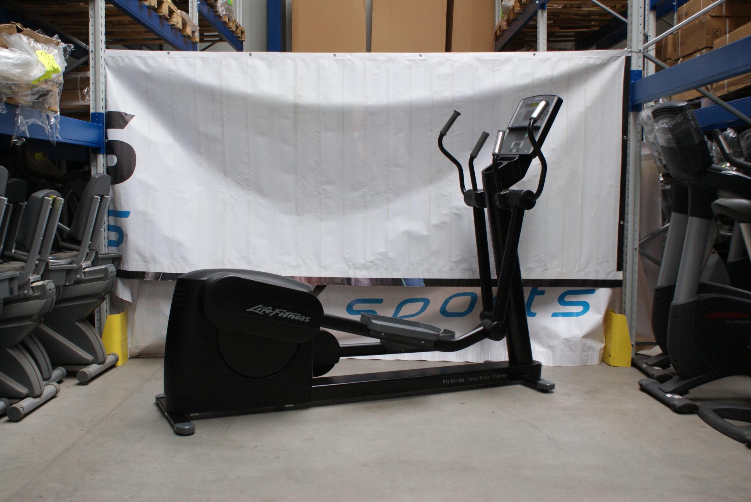 Эллиптический тренажер, профессиональный орбитрек Life Fitness 95хі