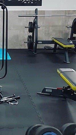 Резиновая спортивное (напольное) покрытие для спортзала, детских площадок.